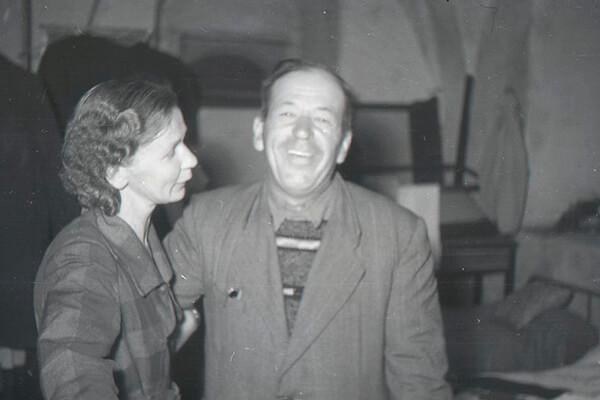 Е.И.Оятева и Г.П.Гроздилов в Пскове
