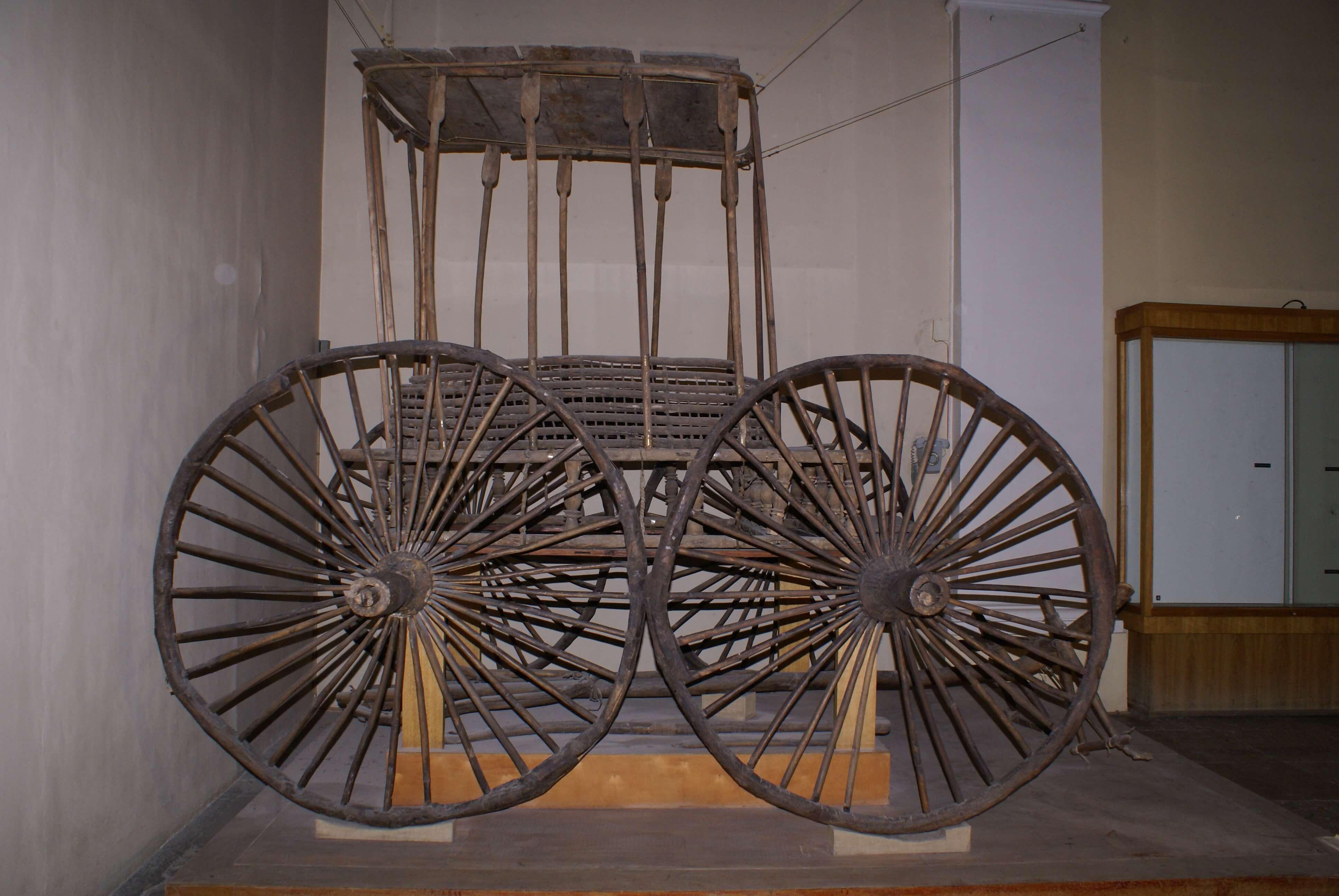 Реставрация повозки из пятого Пазырыкского кургана