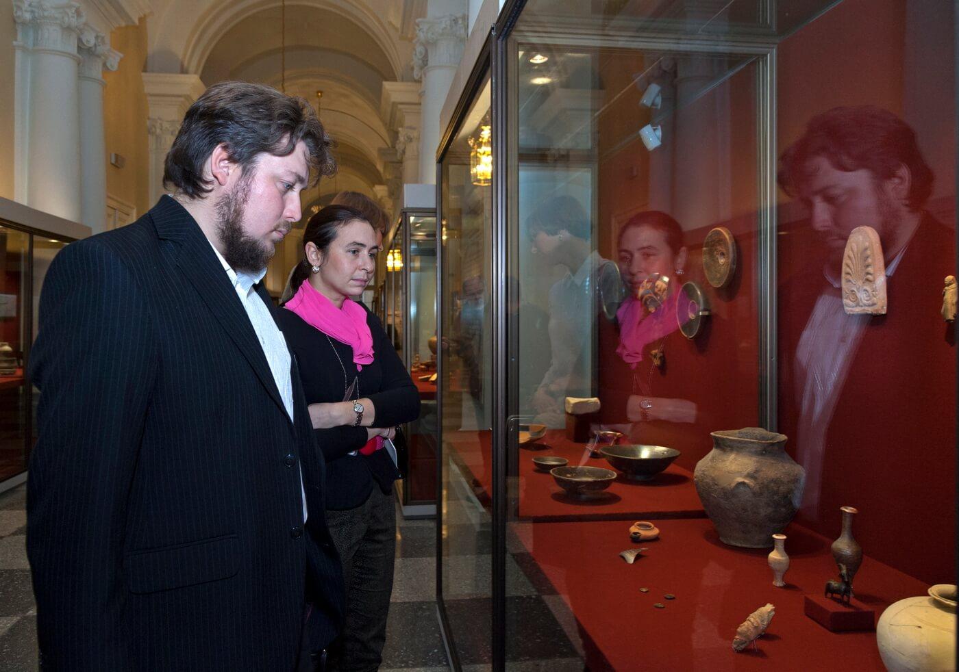 Временная выставка «Экспедиции. Археология в Эрмитаже»